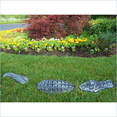 Oakland Living Garden Gator in Antique Pewter