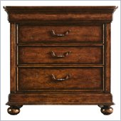 Stanley Furniture Louis Philippe Bachelor's Chest in Burnished Honey