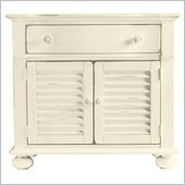 Stanley Furniture Coastal Living Cottage Summerhouse Bachelors Chest in Shell