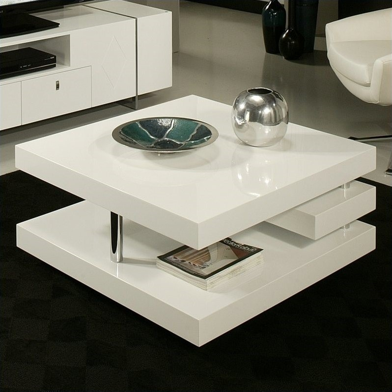 Features White wood coffee table