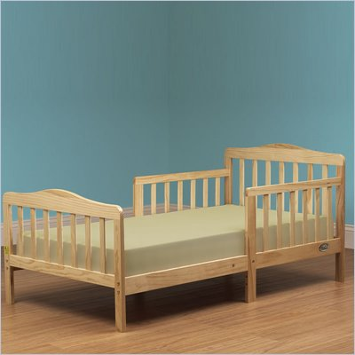 Orbelle Contemporary Solid Wood Toddler Bed in Natural
