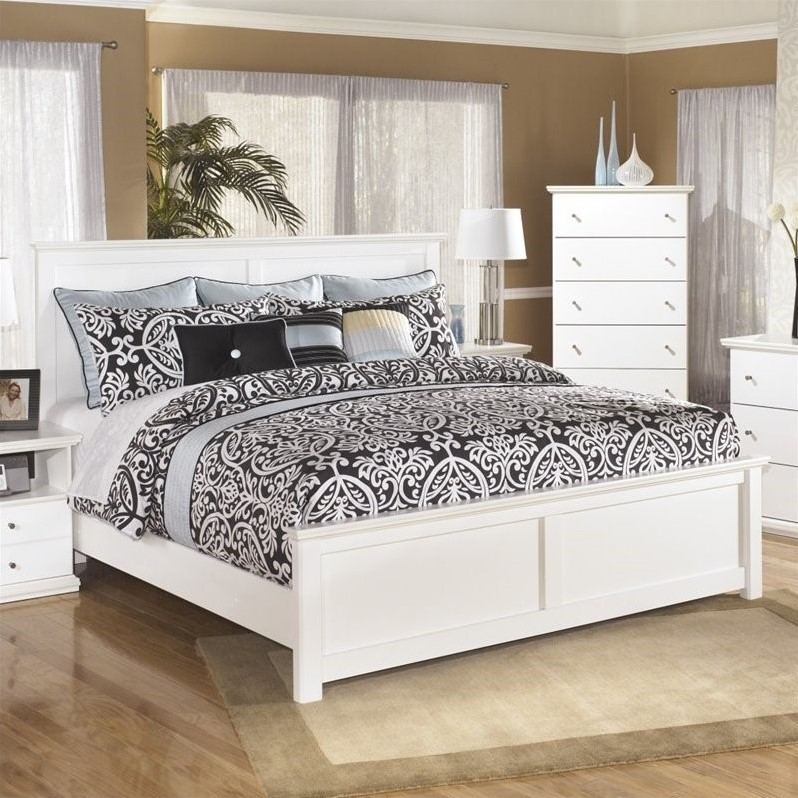 Ashley Bostwick Shoals Wood King Panel Bed in White