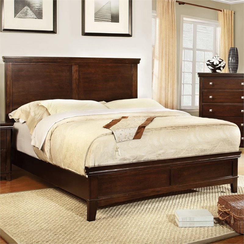 Furniture of America Fanquite King Bed in Brown Cherry
