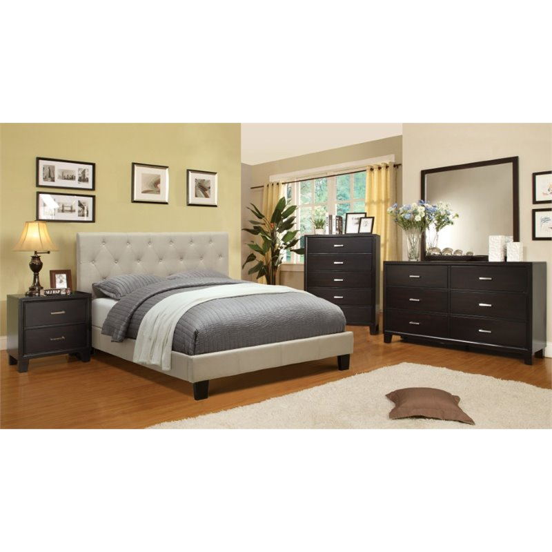 Furniture of America Warscher 4 Piece Upholstered California King Bedroom Set