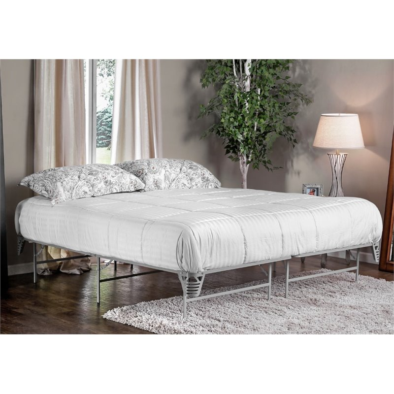 Furniture of America Polosa King Bed Frame in Silver