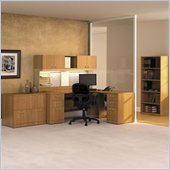 Bush Quantum Wood Office Set with Hutch in Modern Cherry