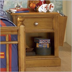 Pulaski Build-A-Bear Bearrific Kids Nightstand in Cocoa