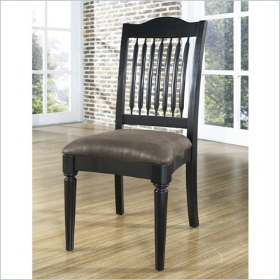 Pulaski Accents Chair in Modern Finish