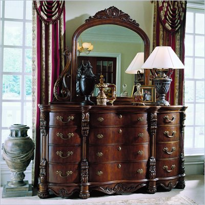 Pulaski Edwardian Triple Dresser and Mirror Set