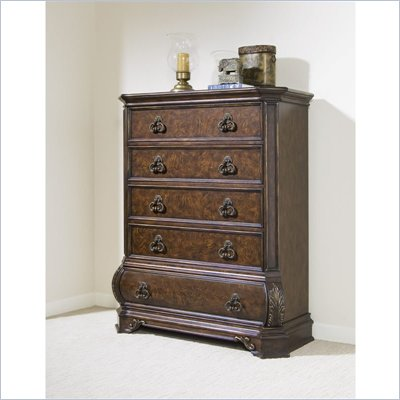 Pulaski Wellington Manor 5 Drawer Chest in Cherry