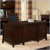 Wynwood Kennett Square Executive Desk