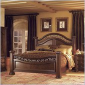 Wynwood Granada California King Mansion Bed in Cordillera Pine Finish