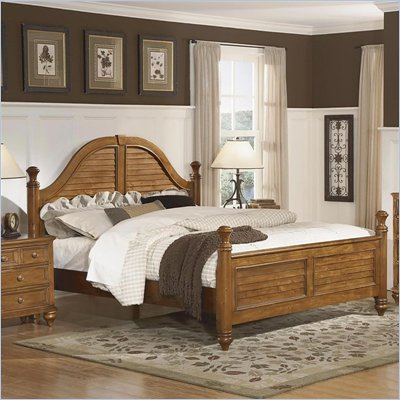 Wynwood Hadley Pointe Queen Poster Bed in Honey Pine