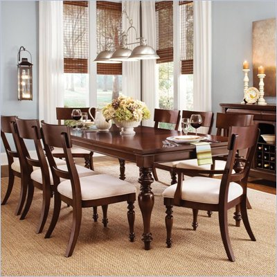 Wynwood Harrison Dining Table in Umber Cherry