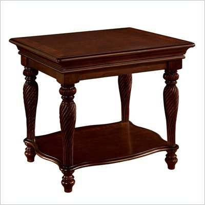 Wynwood Windsor Manor End Table in Antique Cherry 