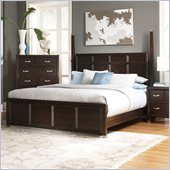 Broyhill Eastlake 2 Poster Bed 2 Pc Bedroom Set in Warm Brown Cherry