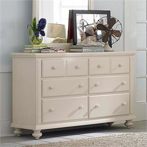 Broyhill Seabrooke Drawer Dresser in White