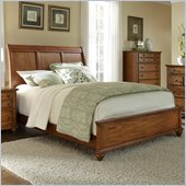 Broyhill Hayden Place Sleigh Bed in Warm Golden Oak