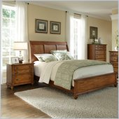 Broyhill Hayden Place Sleigh Bed 2 Piece Bedroom Set in Oak