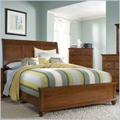 Broyhill Hayden Place Sleigh Bed in Light Cherry