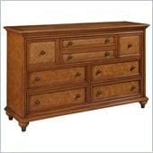 Broyhill Samana Cove 8 Drawer Dresser in Natural Amber