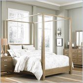 Broyhill Hampton Poster Bed in Light Mocha Stain