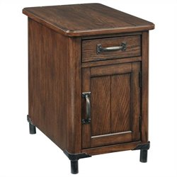 Broyhill Saluda Chairside Chest in Warm Oak