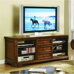 Hooker Furniture Brookhaven 64 Entertainment Console in Clear Cherry