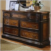 Hooker Furniture Preston Ridge 7 Drawer Double Dresser