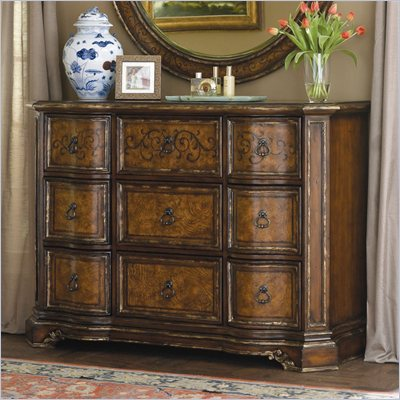 Hooker Furniture Beladora Mule Chest in Caramel Finish