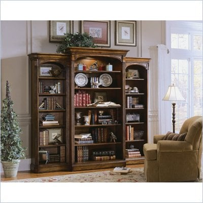 Hooker Furniture Brookhaven Left Bookcase Pier in Clear Cherry