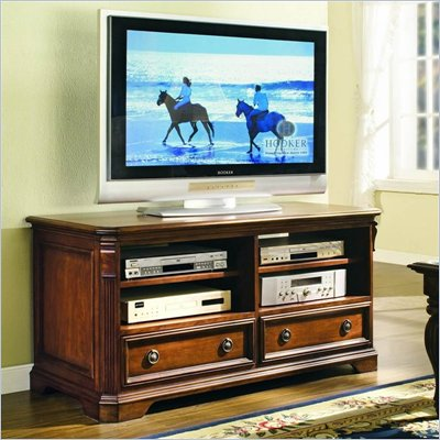 Hooker Furniture Brookhaven 52&quot; Entertainment Console