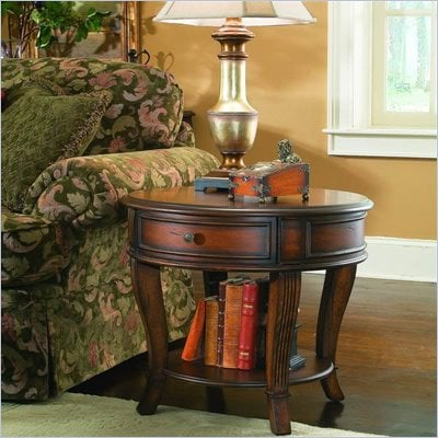 Hooker Furniture Brookhaven Round Lamp Table in Distressed Clear Cherry