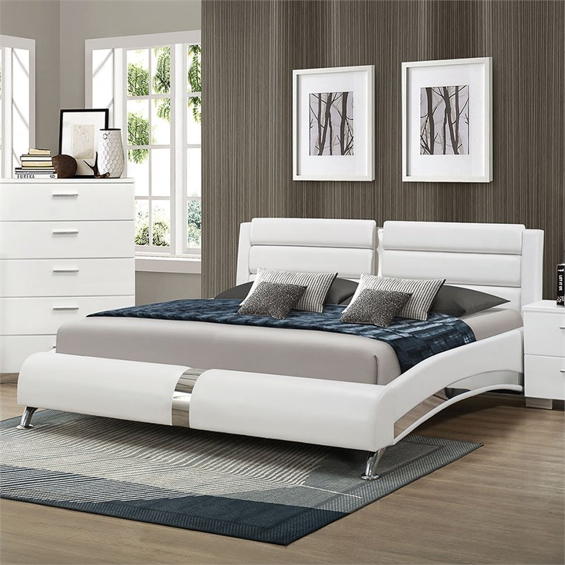 Coaster Felicity California King Faux Leather Bed in White