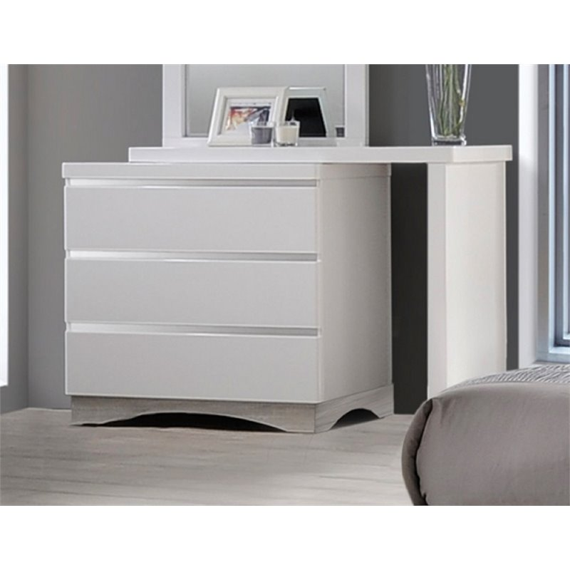 Coaster Alessandro 3 Drawer Dresser in Glossy White