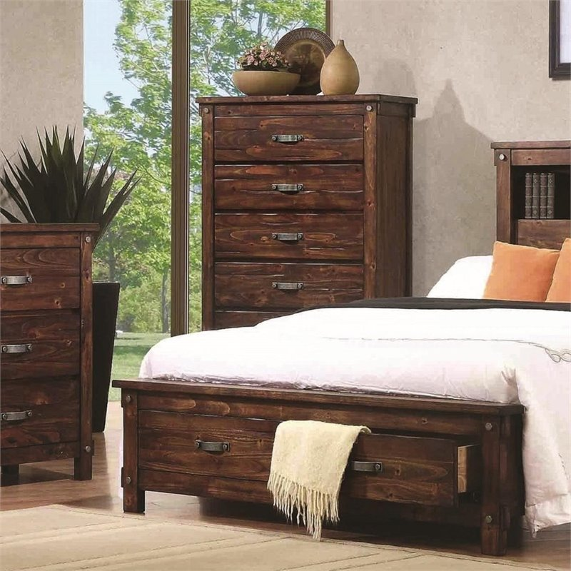 Coaster Noble 5 Drawer Chest in Rustic Oak