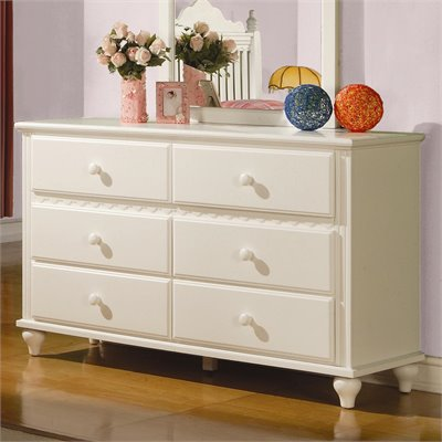 Coaster Pepper Dresser in White