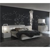 Rossetto Nightfly Bed with Night Stands 5 Piece Bedroom Set in White