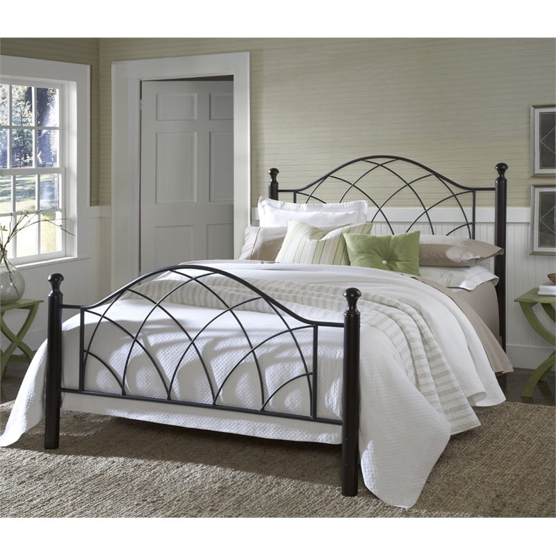 Hillsdale Vista Twin Poster Bed in Silver