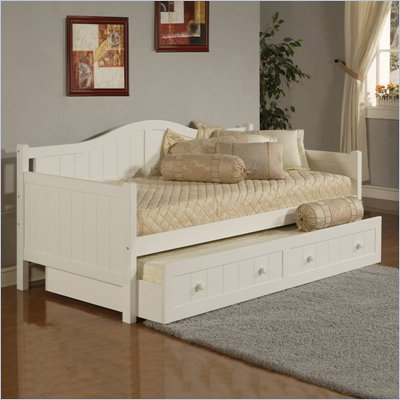 Hillsdale Staci Wood Daybed in White Finish With Trundle