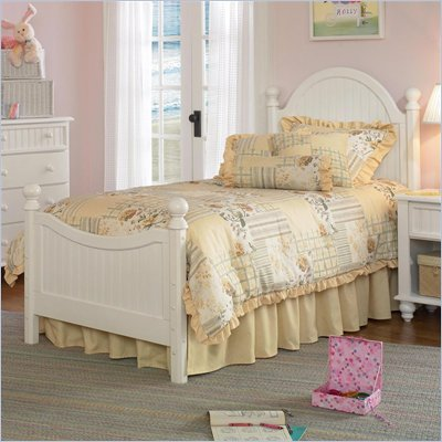 Hillsdale Westfield Poster Bed in Off-White Finish