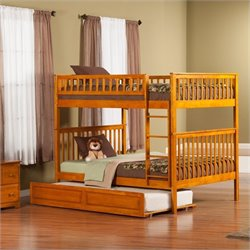 Woodland Bunk Bed with Twin Raised Panel Trundle Bed in Caramel