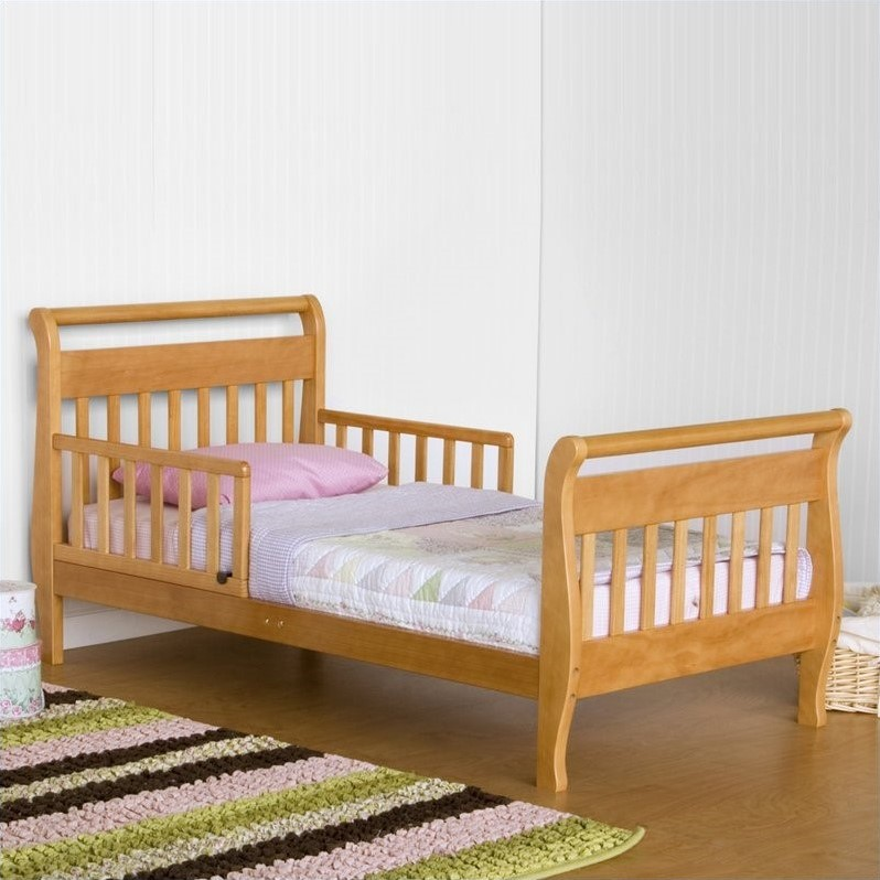 DaVinci Wood Sleigh Oak Toddler Bed