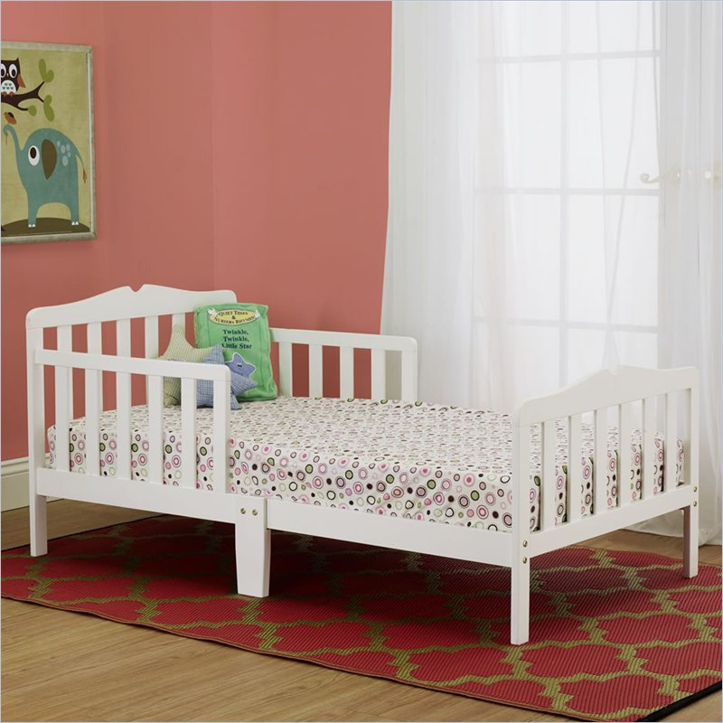 Orbelle Contemporary Toddler Bed in White at Sears.com
