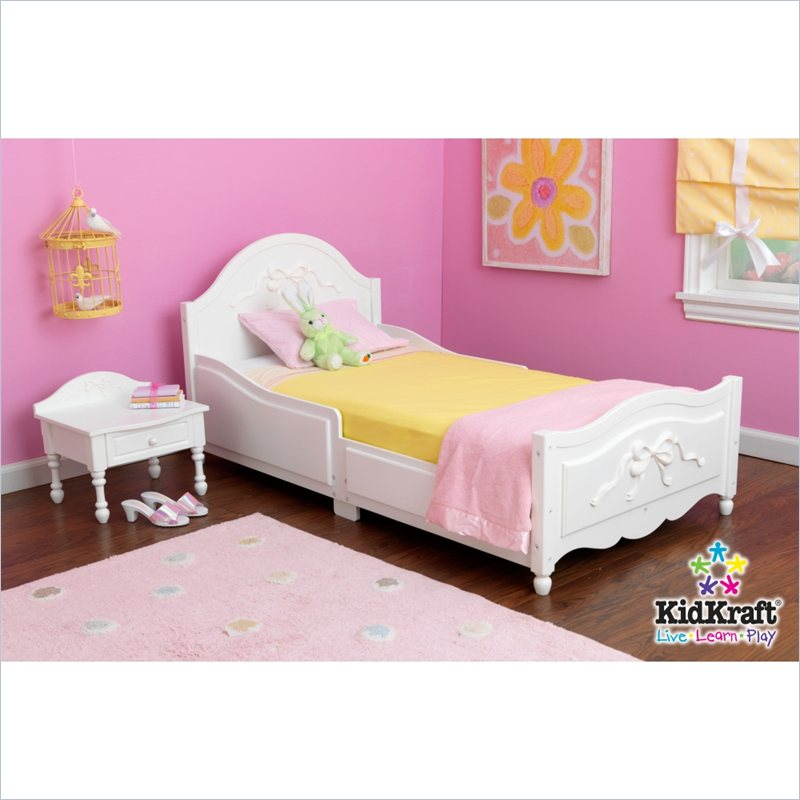 Used toddler beds lookup beforebuying for Princess room furniture
