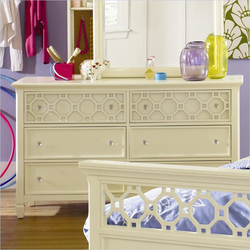 Cameron Wood 6 Drawer Dresser in Off White