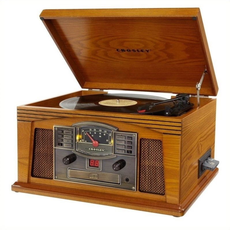 Crosley Radio Lancaster Entertainment Center Turntable in Oak