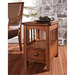 Somerton Craftsman Side Table in Medium Brown Oak