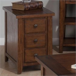 Jofran Chairside Table in Clay County Oak