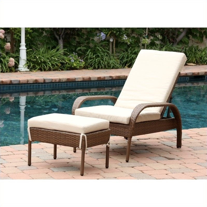 Abbyson Living Palermo Outdoor Wicker Chaise With Cushion In Brown Part 64